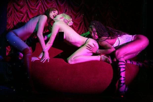 интимные фото Либерж Кпадону