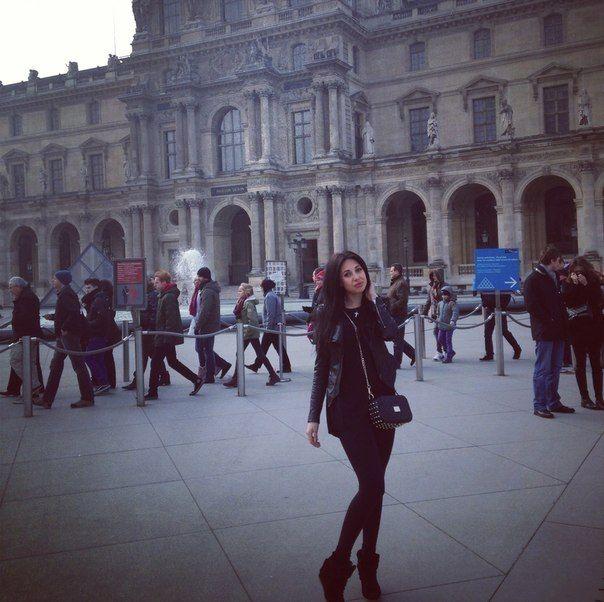 Прогулга Варвары Третьяковой в Париже (фото)